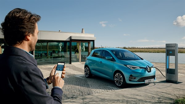 Renault ZOE borne de recharge et application de recharge